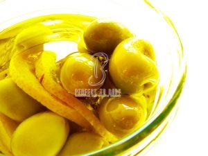 طريقة تخليل الزيتون الاخضر التفاحى